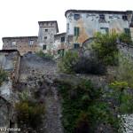 il Castello Del Carretto visto dalla piazza
