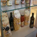 prodotti italiani brutalmente esposti nello stand degli Stati Uniti