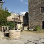 il cortile del castello di Oramala