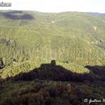 un'ombra medievale - castello di Oramala