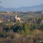 castello di Stefanago - veduta della parrocchiale di Fortunago dalla torre