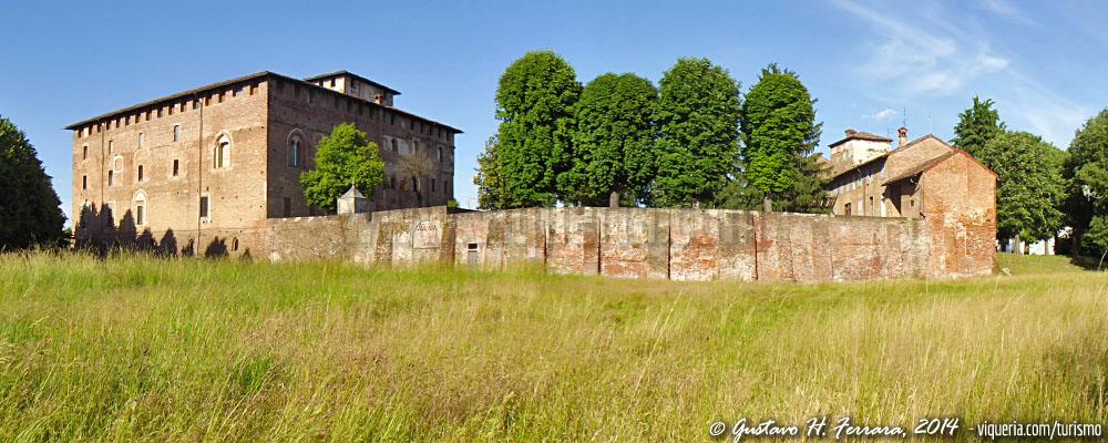 Panoramica del castello di lardirago