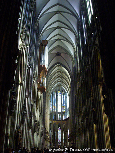 interno della cattedrale di Colonia