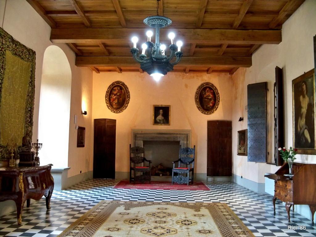 L'interno del castello Dal Verme