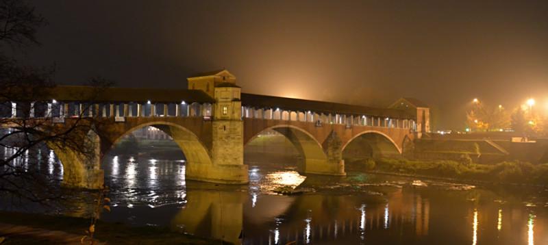 il ponte coperto di notte
