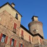 le-torri-del-castello-di-sartirana