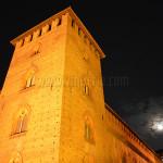 castello-visconteo-di-pavia-notte-5